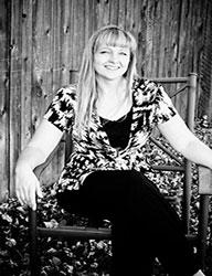 author Shelly Goodman Wright